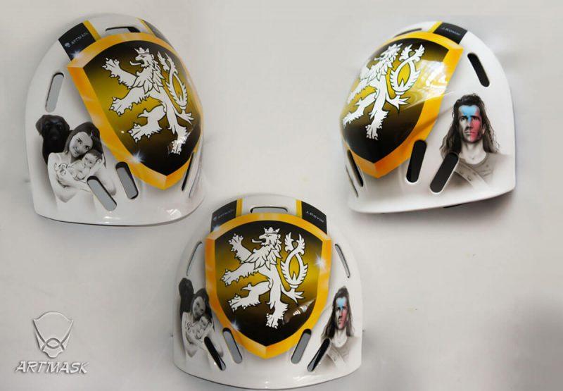 Аэрография «The Classic Colors» на вратарском шлеме