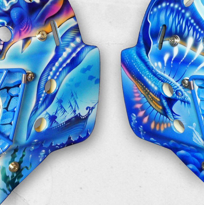 Аэрография «Under  the Sea» на вратарском шлеме