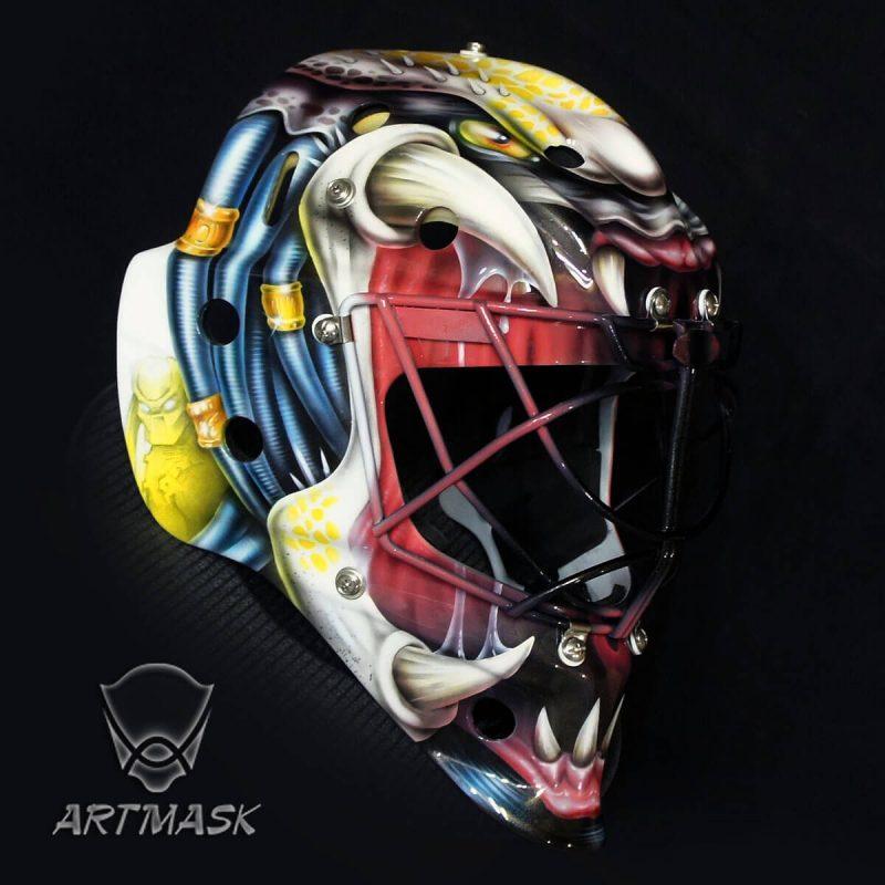 Аэрография «Морда Хищника» на вратарском шлеме
