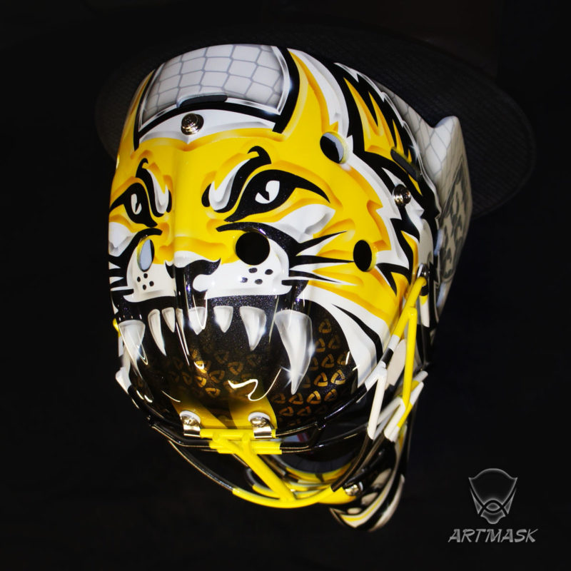"""Аэрография """"The Team's Mascot""""на вратарском шлеме"""