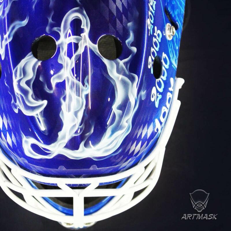 "Аэрография ""Smoking Mask""на вратарском шлеме"