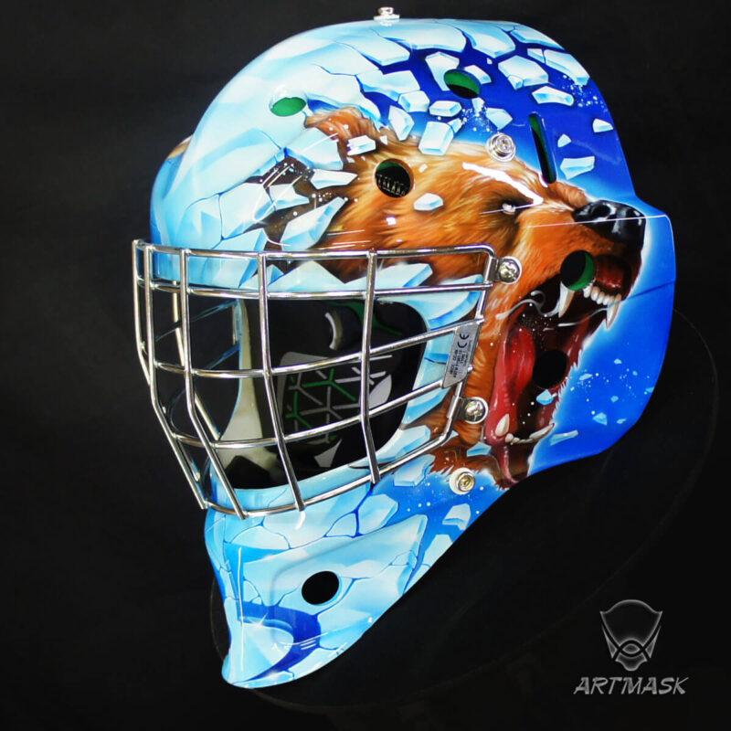"""Аэрография """"Breaking Free"""" на вратарском шлеме"""