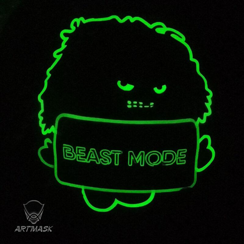 "Аэрография ""Beast Mode"" на вратарском шлеме"