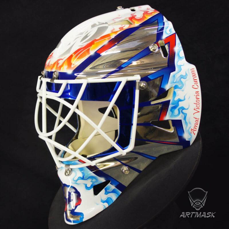"""Аэрография """"Mirror Wings"""" на вратарском шлеме"""